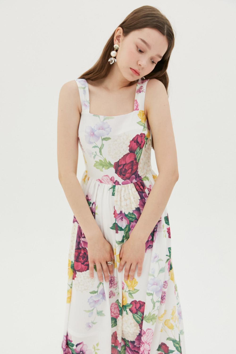 [나인뮤지스 경리 착용]Romantic floral print dress (White)