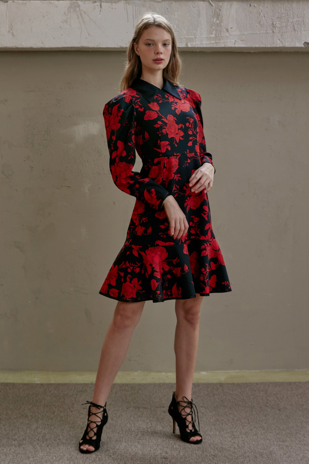 [서인영 착용] Romantic red floral dress