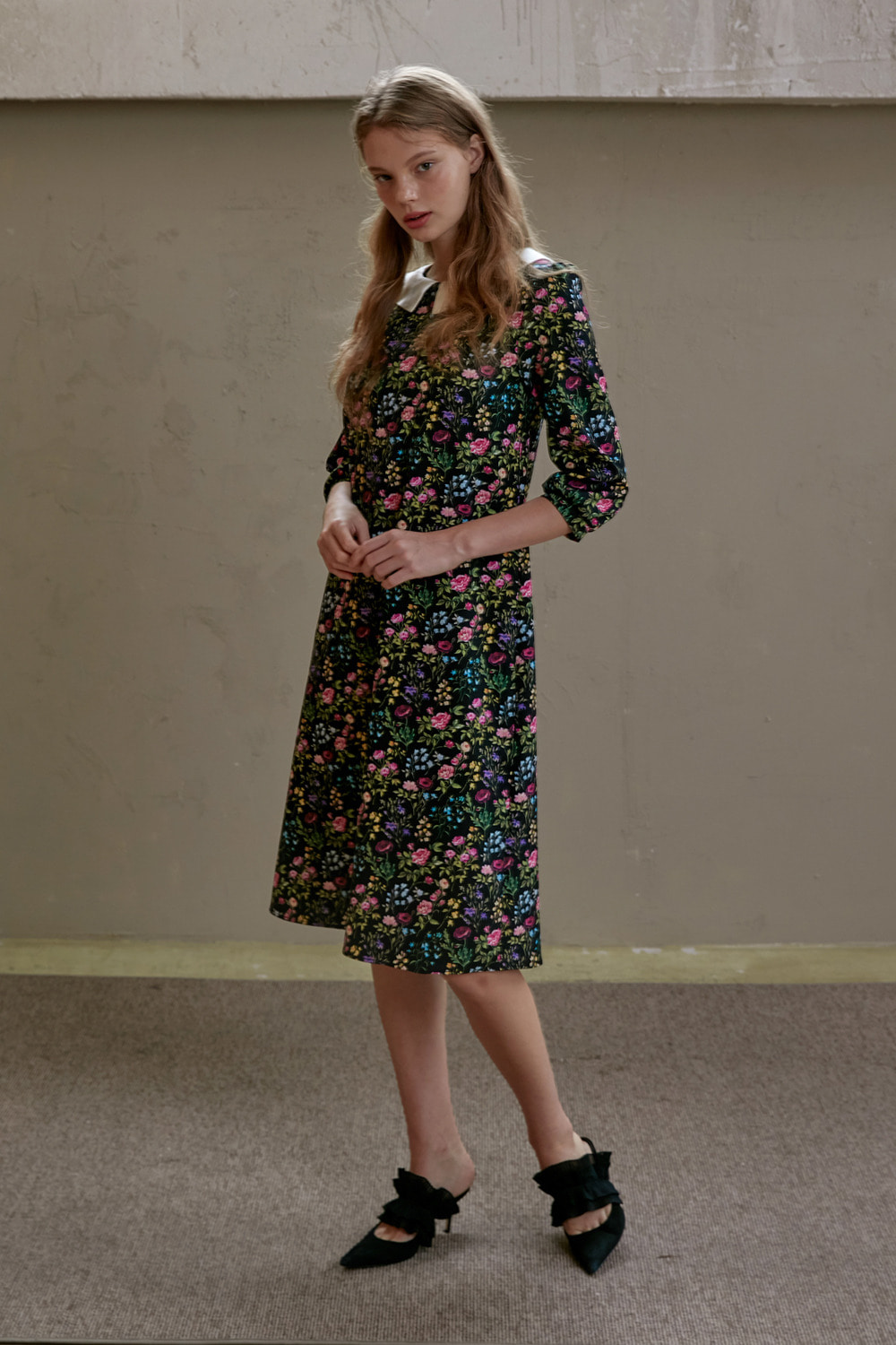 Wild flower silk collar dress
