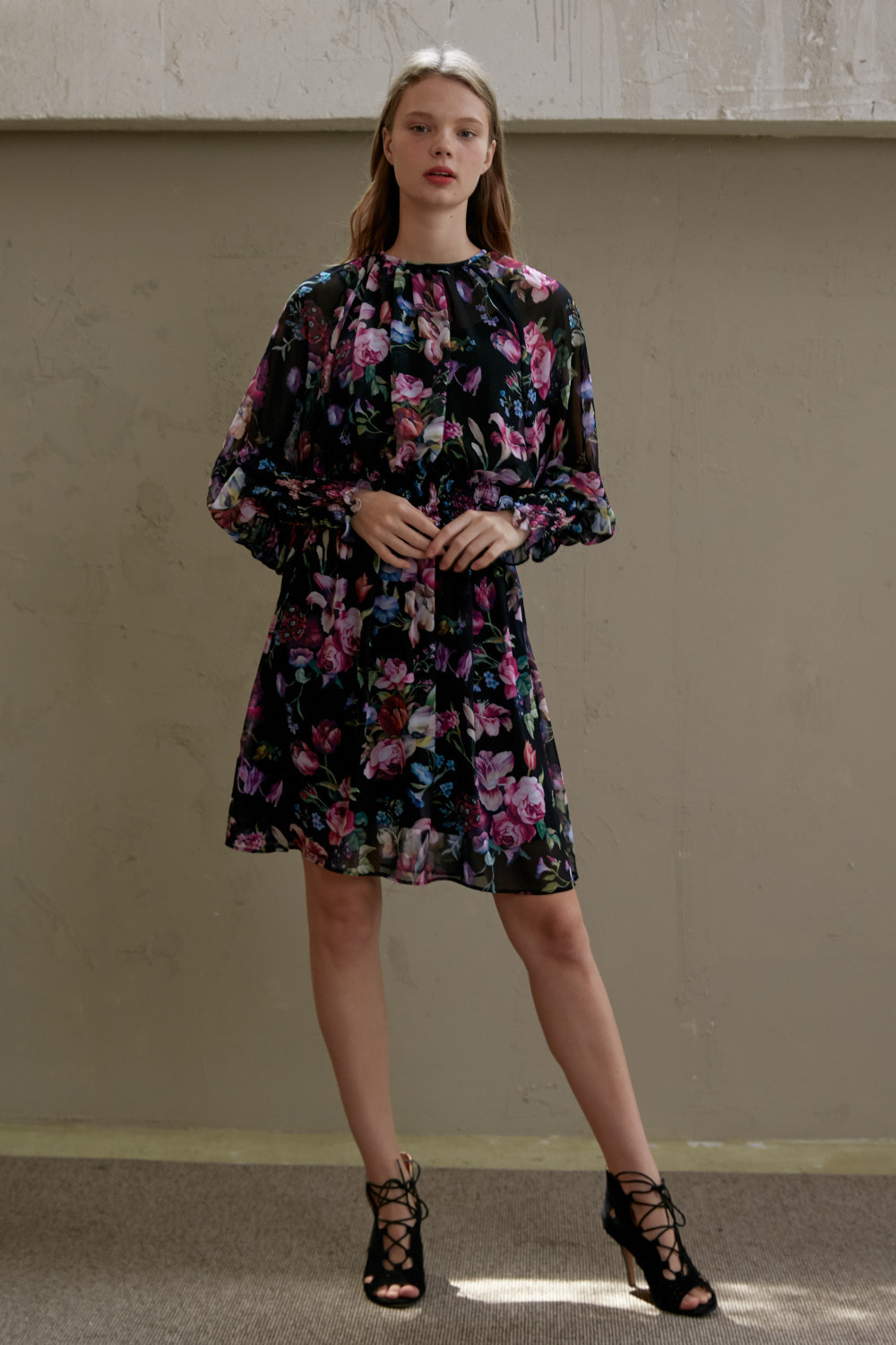 Floral mood chiffon dress (Black)