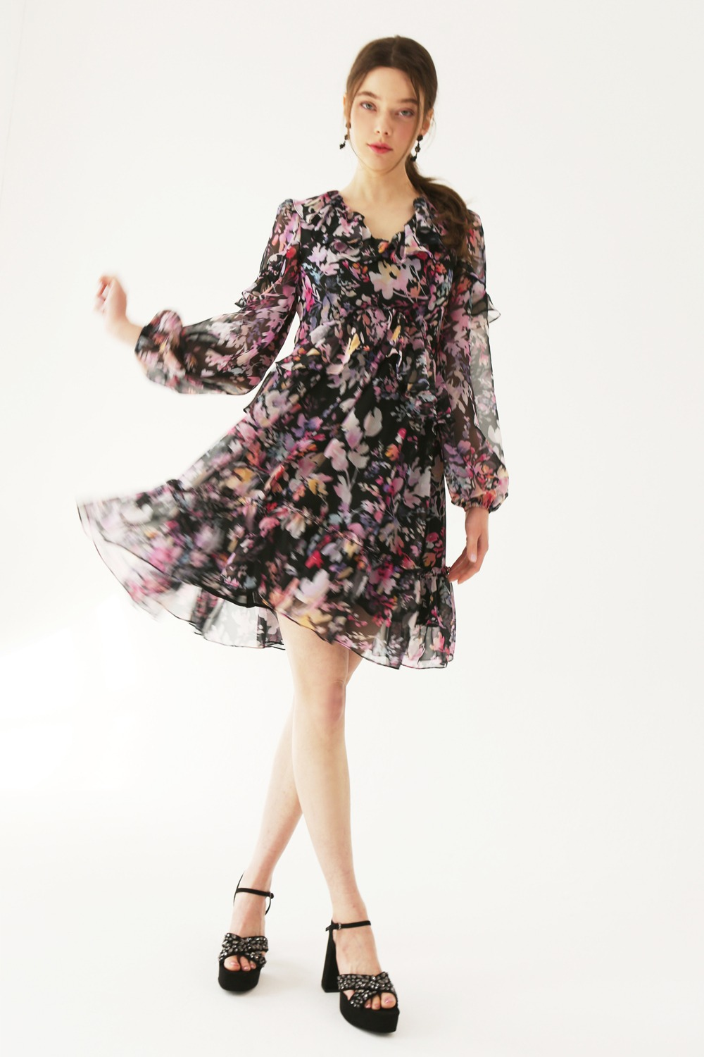 Flower dream romantic ruffle dress (Black)