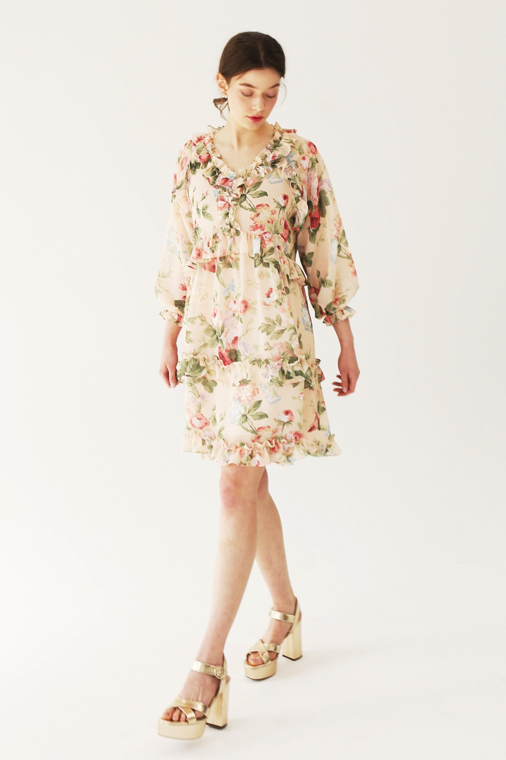 Rose garden feminine shirring dress (Vanila cream)