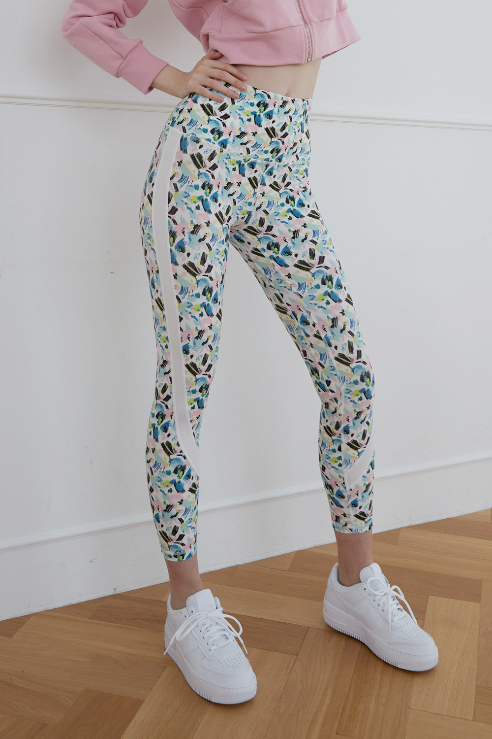 [4/7 예약배송] Playful leggings (White)