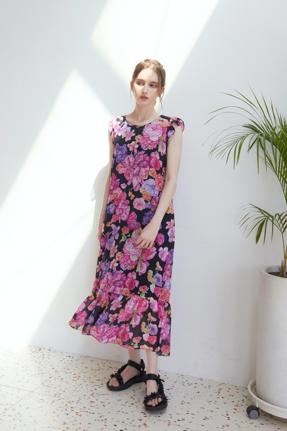 Blooming peony summer dress (Black)