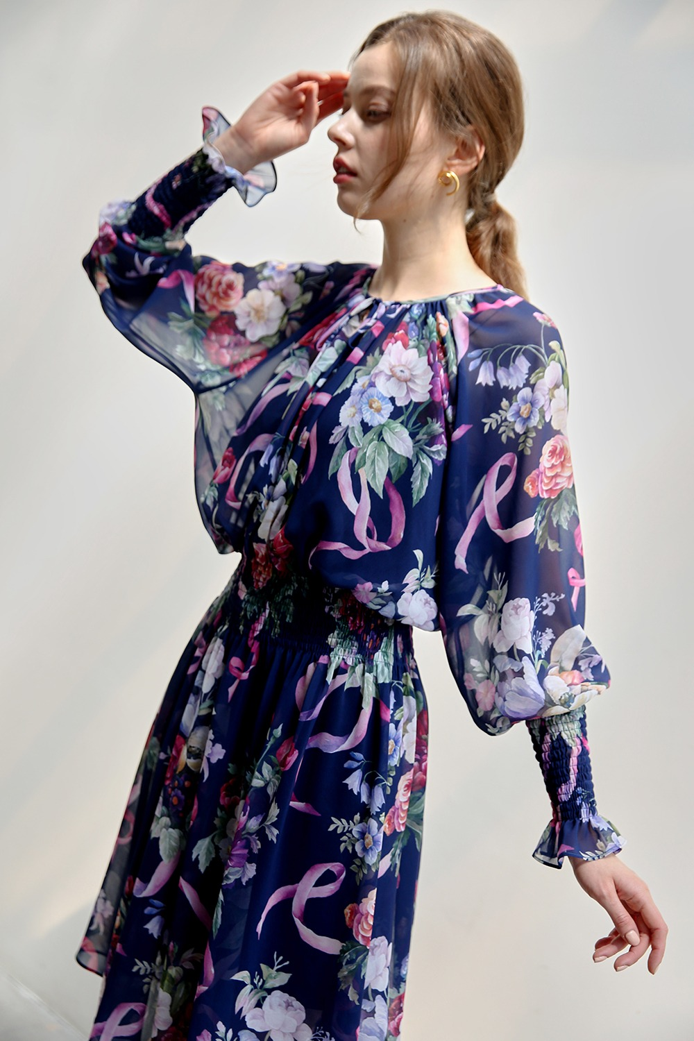 Flower bouquet chiffon dress (Navy)